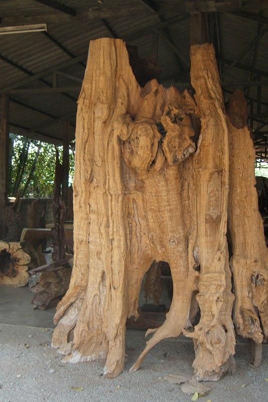 Asiatische Skulpturen